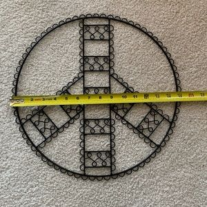 Accents - Peace sign picture wall hanging